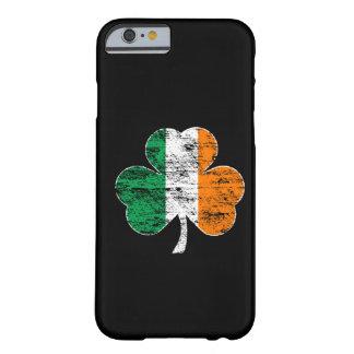 Irländskt fodral för iPhone 6 för flaggaShamrock Barely There iPhone 6 Fodral