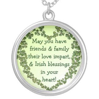 Irländskt välsignelsehjärtahalsband halsband med rund hängsmycke