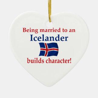 Islandet bygger teckenet julgransprydnad keramik