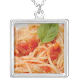 Italien Orta, sjö Orta, spagetti med tomaten Silverpläterat Halsband