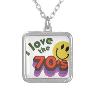 Jag älskar 70-tal halsband med fyrkantigt hängsmycke