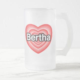 Jag älskar Bertha. Jag älskar dig Bertha. Hjärta Frostat Ölglas