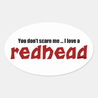 Jag älskar en rödhårig ovalt klistermärke