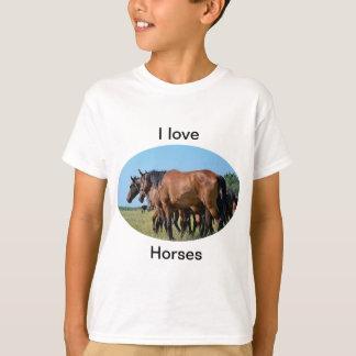 Jag älskar för fjärdhäst T för hästar den härliga T-shirt