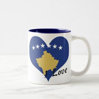 Jag älskar kosovo Två-Tonad mugg