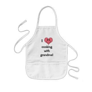 Jag älskar matlagning med mormor! Gullig hjärta Barnförkläde