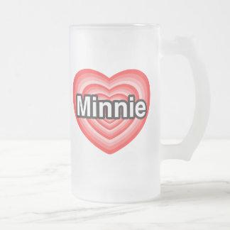 Jag älskar Minnie. Jag älskar dig Minnie. Hjärta Frostat Ölglas