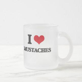 Jag älskar mustascher frostad glas mugg