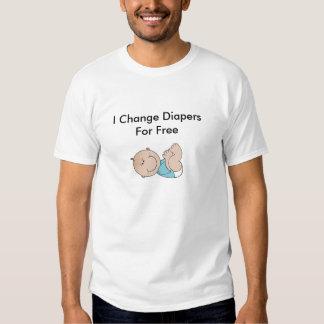 Jag ändrar blöjor för fritt (pojken) t shirts