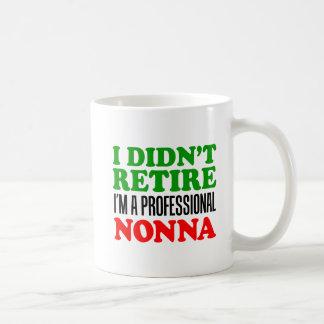 Jag avgick inte den yrkesmässiga Nonna muggen Kaffemugg