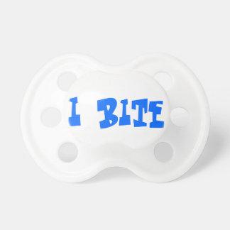 Jag biter babynappar napp