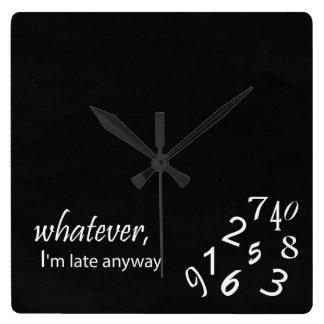 Jag förmiddagen sent tar tid på på något sätt fyrkantig klocka
