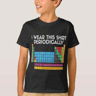 Jag ha på sig denna periodvis tee shirt