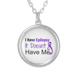 Jag har epilepsi. Den har inte mig halsbandet Silverpläterat Halsband