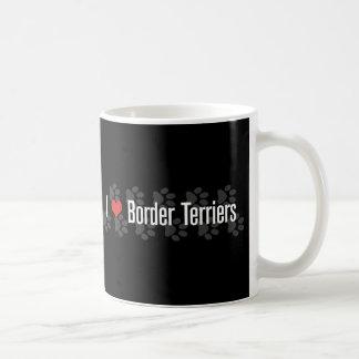 Jag (hjärta) gränsar Terriers Kaffemugg