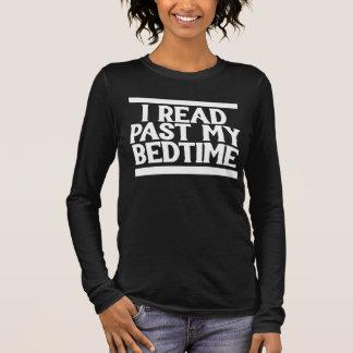 Jag läste förflutna min läggdags tröja
