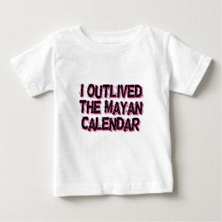 Jag Outlived den Mayan kalendern T Shirt