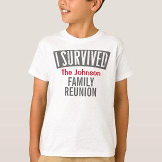 Jag överlevde - familjmötet - personifierar det tee