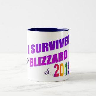 Jag överlevde snöstormen av kaffemuggen 2013 Två-Tonad mugg