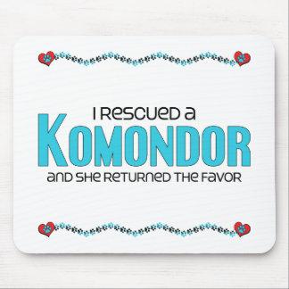Jag räddade en Komondor (den kvinnliga hunden) Musmatta