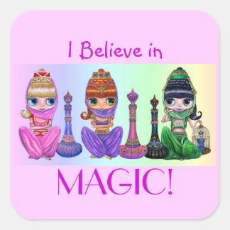 Jag tror i magi! Gulliga stort öga ande i arabiska Fyrkantigt Klistermärke
