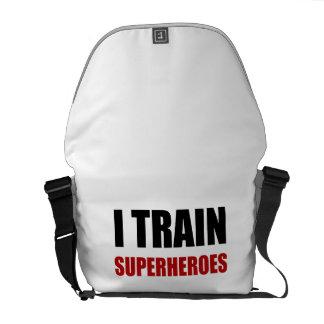 Jag utbildar Superheroes Kurir Väska