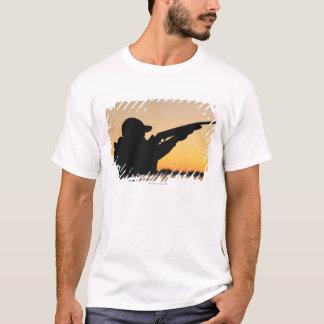 Jägare och vapen t shirts