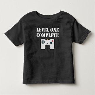 Jämna en färdig första födelsedag tee shirt