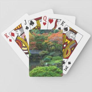 Japanen arbeta i trädgården i höst i Portland, Spelkort