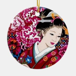 Japansk kvinna i Kimono Julgransprydnad Keramik