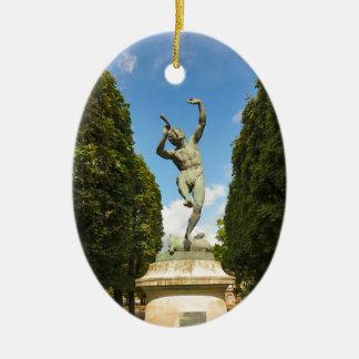 Jardin du Luxembourg i Paris Ovalformad Julgransprydnad I Keramik