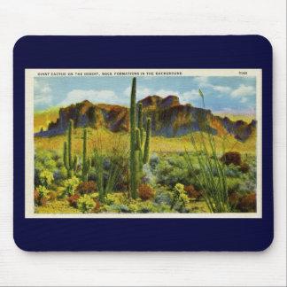 Jätte- kaktus i öknen - vintagevykort mus mattor
