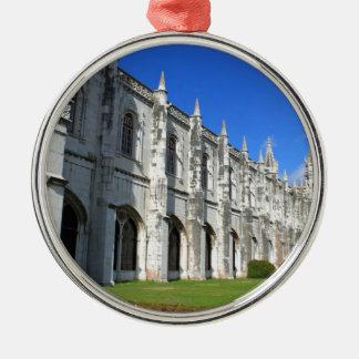Jeronimos kloster i Belem, Lisbon, Portugal Julgransprydnad Metall