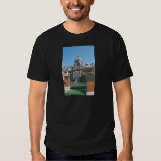 Johns Hopkins sjukhus Tee Shirts