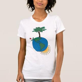 Jorda en kontakt dagen med solen och träd - tee shirt