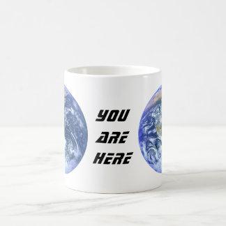 Jorden - blåttmarmorn - du är här vit mugg
