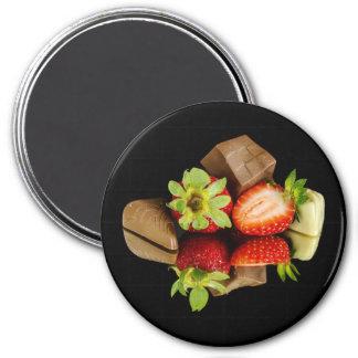 Jordgubbar och chokladrundamagnet magnet