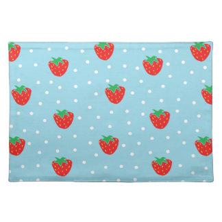 Jordgubbar och polka dotsblått bordstablett
