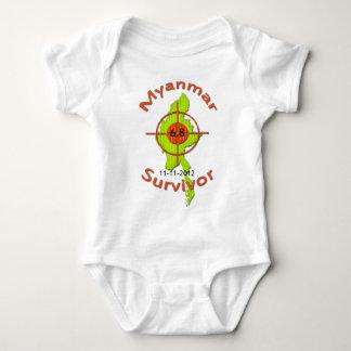 Jordskalv 11-11-2012 för Myanmar överlevande 6,8 Tshirts