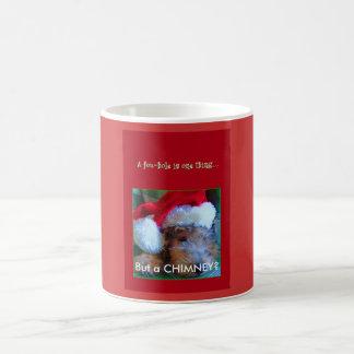 Jul--Jubel i den Santa hatten--EN FOXHOLE ÄR EN… Kaffemugg