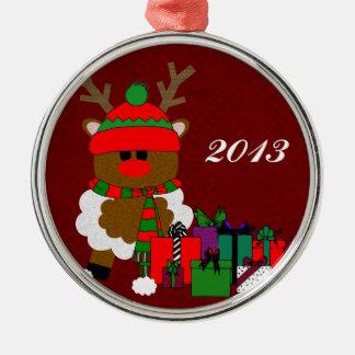 Jul ren och presenter rund silverfärgad julgransprydnad