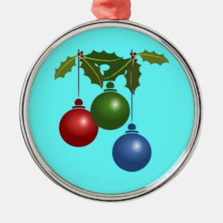 Julboll- och järnekprydnadar rund silverfärgad julgransprydnad