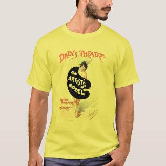 Julius pris: En konstnär modellerar T Shirt