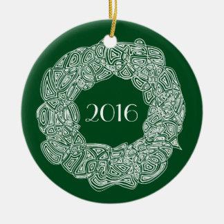 Julkran 2016 rund julgransprydnad i keramik