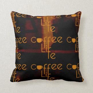Kaffe är liv prydnadskudde
