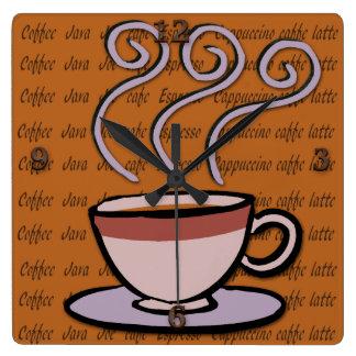 Kaffe - den pastellfärgade muggdesignväggen tar fyrkantig klocka
