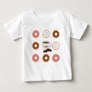 Kaffe- och Donutstotot hänger lös Tröja