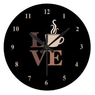 Kaffekärlek i svart stor klocka