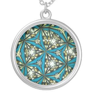 Kaleidoscopehängehalsband i deppighet silverpläterat halsband