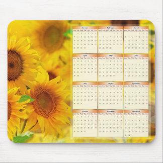 Kalender för 2013 med solrosor musmatta